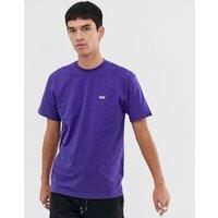 Camiseta violeta con logo pequeño de Vans