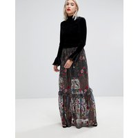 Lost Ink Statement Maxi Skirt In Premium Embroidered Lace - Black