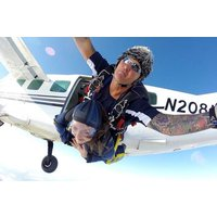 Tandem Skydive 7000ft Picture