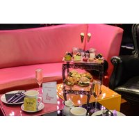 Champagne and Macarons for Two at Cake Boy - Buyagift Gifts