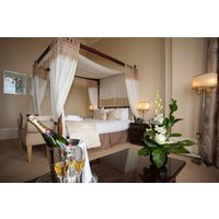 Romantic Stay with Bubbles - Romantic Gifts