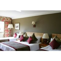 Two Night Stay with a Two Course Dinner at Irvine Riverside Lodge - Buyagift Gifts