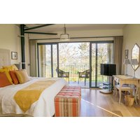 One Night Stay for Two at Woodchester Valley Vineyard - Buyagift Gifts