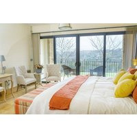 Two Night Stay for Two at Woodchester Valley Vineyard - Buyagift Gifts