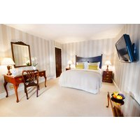 One Night Break with Dinner at Taplow House Hotel - One Night Break Gifts