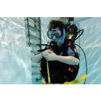 Bubblemakers Kids Scuba Diving Experience For Two In Kent Picture
