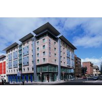 Overnight Escape for Two at Novotel Glasgow Centre - Glasgow Gifts