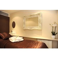 2 For 1 Pamper Package At The Chelsea Day Spa - Special Offer Picture