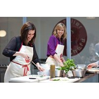 90 Minute Cookery Lesson At L'atelier Des Chefs Picture