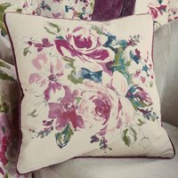Misty Moors Plum Cushion Cream / Purple
