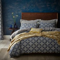 Amal Blue Reversible Duvet Cover and Pillowcase Set Blue