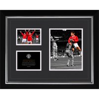 Manchester United Historic Moments - Sheringham 1999 Framed Print - 20 x 16 Inch