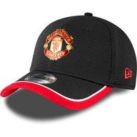 Manchester United New Era Training 39THIRTY Stretch Back Cap - Black - Adult