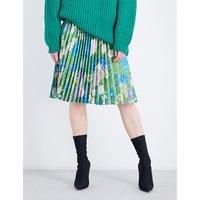 Tubular pleated skirt