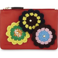 Crocheted daisies leather pouch