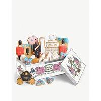 Royal Wedding biscuit gift box