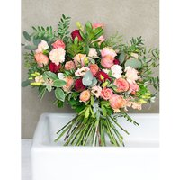 Shelley luxury flower bouquet