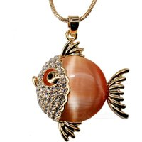 tropical-fish-style-artificial-opal-pendant-necklace-golden-orange