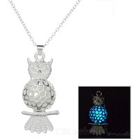glow-in-the-dark-owl-style-pendant-necklace-silver-blue