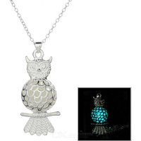 glow-in-the-dark-owl-style-pendant-necklace-silver-cyan
