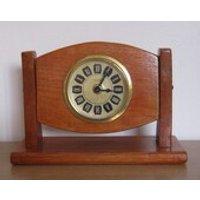 Vintage Mercedes Clock  Wooden Battery Clock  Mantel Shelf 1970s - Mercedes Gifts