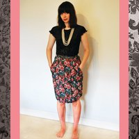 Vintage Pleated Floral Skirt, Size 10 - Floral Gifts