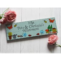 Large Greenhouse Sign, Personalised Garden Wooden Plaque, Grow Your Own, Potting Shed Plaque, Allotment Sign, Vegetables, Gardeners Gift - Grow Your Own Gifts