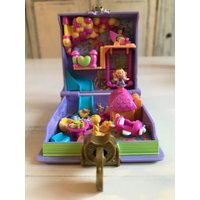 RARE Vintage Polly Pocket Pollys Toy land  Enchanted Storybook  Complete 1996 SALE - Polly Pocket Gifts