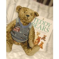 FLASH SALE   Used Book  Teddy Bears Collectors Guide  Covers all makes - Teddy Bears Gifts