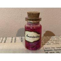 Amortentia mini potion bottle keyring - Keyring Gifts