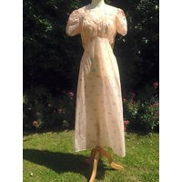 Vintage 1940s Night Gown, Night Dress. Nightwear, Lingerie, War Time PinUp. - Lingerie Gifts