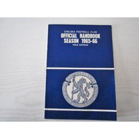 196566 Chelsea Original Official Football Soccer Handbook/Yearbook Stamford Bridge - Chelsea Gifts