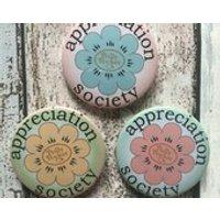 Appreciation Society badges celebrating Polly Pocket  45mm pins badges - Polly Pocket Gifts