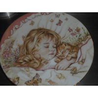 Royal Worcester collectors plate A Childs Blessing artist is Pam Cooper shows sleeping child portrait with kitten - Artist Gifts