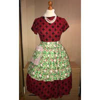 Family Guy Stewie Christmas Santa Glamour Rockabilly   1940s  1950s style Pinny Apron,, for all  Retro, Vintage Lo - Family Guy Gifts