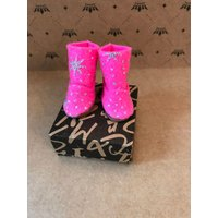 Blythe boots  UGG style boots. Blythe doll bright pink wool felt boots - Ugg Gifts