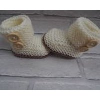 hand knitted baby booties/H UGG Y booties/baby boots/ baby slippers/unisex baby shoes/christening shoes/baby shower gift/Ugg booties. - Ugg Gifts