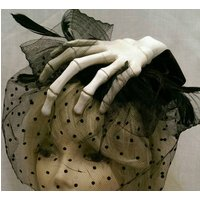 Skeleton hand , veil and feathers misfits fascinator - Misfits Gifts