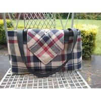 Handbag / shoulder bag in English wool - Shoulder Bag Gifts