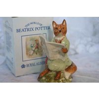 Fabulous Royal Albert Beatrix Potter Figure of Foxy Reading  In original Box - Beatrix Potter Gifts