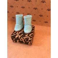 Blythe boots  UGG style boots. Blythe doll pale green wool felt  boots with diamante detail - Ugg Gifts