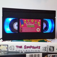 Retro VHS Lamp The Simpsons Original VHS Night Light Table Lamp. Multifunctional USB lights and Remote Control. Great Gift. - Remote Control Gifts