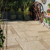 Grey Green Old Town Mixed Size Paving Pack (L)3200 (W)2750mm