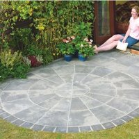 Autumn Silver Old Riven Circle Paving Pack2.4M