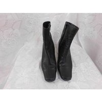 Image of M&S Marks & Spencer - Size: 6 - Black ankle boots with narrow block heel