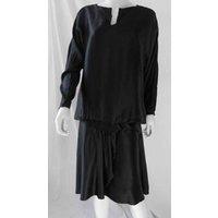 "Image of polyester dress by Zoya, in ""flapper"" style, knee length, bust size 46"" Zoya - Size: L - Black - Knee length dress"