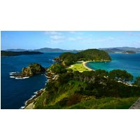 Owners aborad New Zealand–The Bay of Islands
