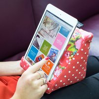 coz-e-reader® Japanese Floral Cushion E-reader Stand - Japanese Gifts