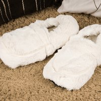 Image of Microwavable Cream Cozy-Slippers