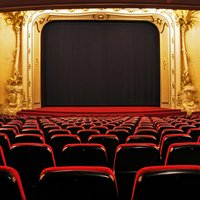 West End Theatre & Dinner Experience Day - West End Gifts